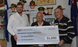 Horsham Greyhound Racing Club donates to RSL